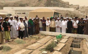 pemakaman mbah maimun di makkah