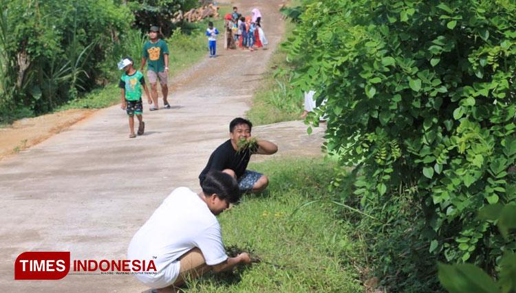 Bangun Keharmonisan Dengan Pemuda Desa Argotirto, BEM Unisma Malang Langsungkan Roan Desa